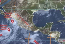 "Photo of Amenazan a BCS huracán ""Lorena"" y tormenta tropical ""Mario"""