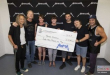 Photo of Dona Metallica 250 mil euros a Hospital Pediátrico de Oncología