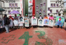 Photo of Pintas y rapiña presentes en la protesta por caso Ayotzinapa en Chilpancingo