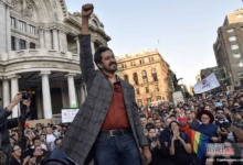 Photo of Protesta Fabián Chairez por censura a su controversial obra de Zapata gay